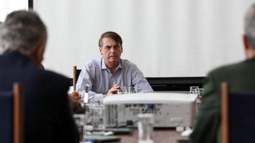 [Bolsonaro entregar proposta de reestruturação das carreiras militares]