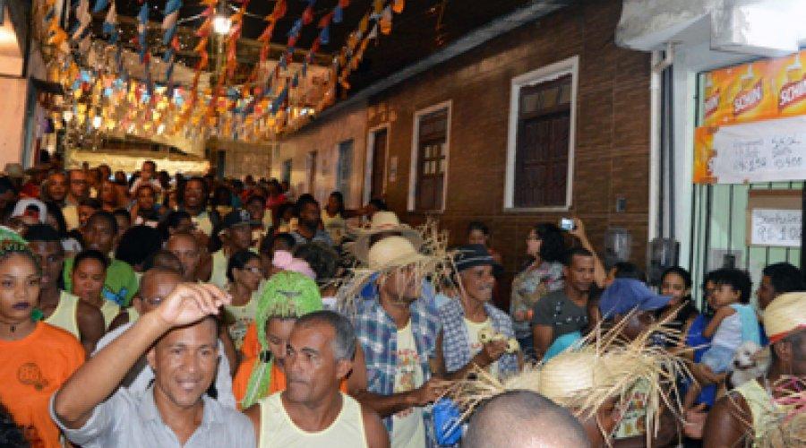 ['Forró da Sucupira' mantém tradição em Salvador; vereador defende a história e a cultura em bairros]