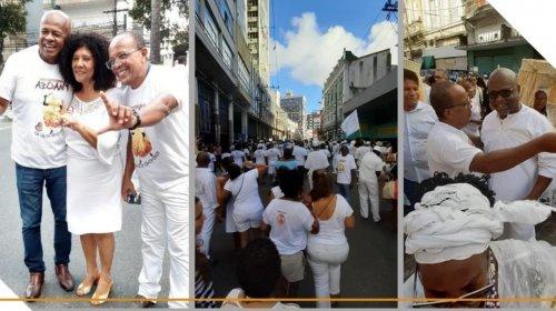 [Cultura e fé: 22ª Caminhada Azoany toma conta das ruas de Salvador ]