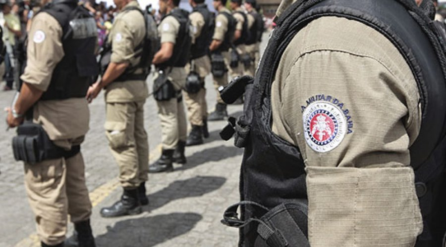 [Polícia Militar anuncia greve em assembleia; governo nega paralisação]