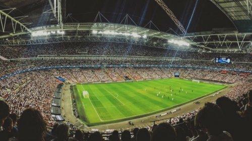 [Quem ofertar ou vender bebida alcoólica em estádios pode ser punido]