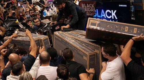 [Varejo contabiliza venda recorde com Black Friday]
