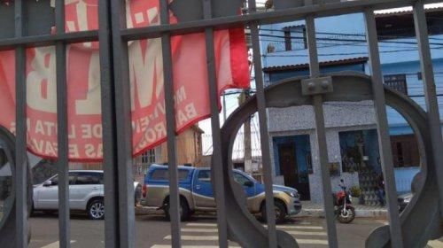 [Ocupantes protestam contra corte de energia no antigo Hospital Couto Maia]