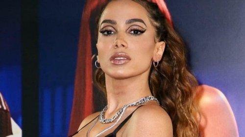 """[Anitta desabafa sobre relacionamento com os ex: """"Rezo para não lembrar que eu existo""""]"""