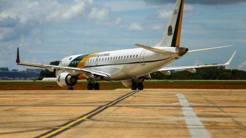[Brasileiros resgatados na China chegam à Base Aérea de Anápolis (GO)]