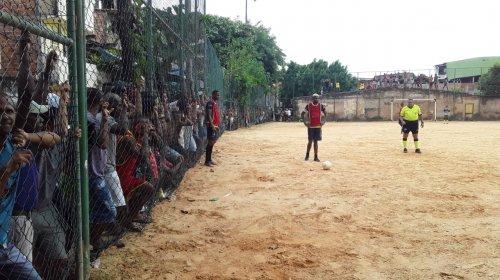 [Após partida da 5° rodada, novo time assume liderança do Grupo B na Liga de Futebol da Vila Ru...]