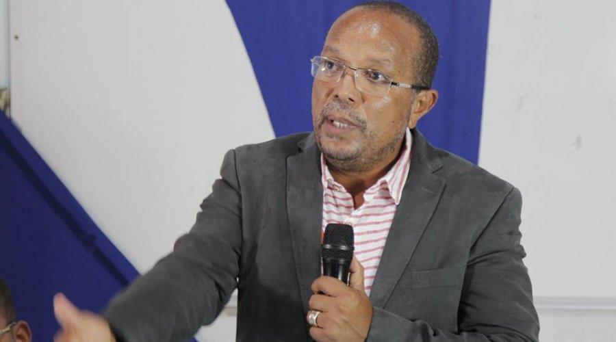"[Suíca defende autonomia dos estados durante pandemia e critica Bolsonaro: ""Chega de desmando""]"