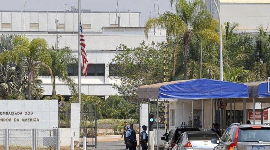 [Embaixada dos Estados Unidos recomenda saída imediata de americanos do Brasil]