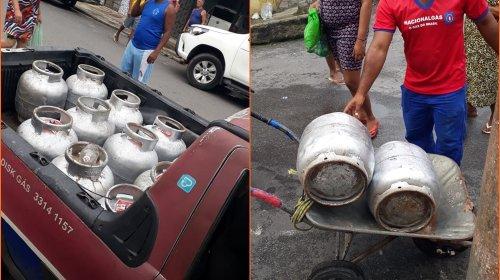 [Movimento Solidário distribuiu cerca de 30 botijões de gás e 120 máscaras na região da Cidade...]