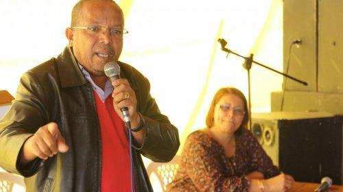 "[Suíca e SindilimpBA defendem trabalhadores que lavaram ambulância na Barra: ""A crítica é dos r...]"