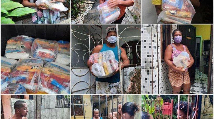 [Movimento Solidário continua atuando em Salvador; grupo de voluntários doaram 50 cestas básicas ]