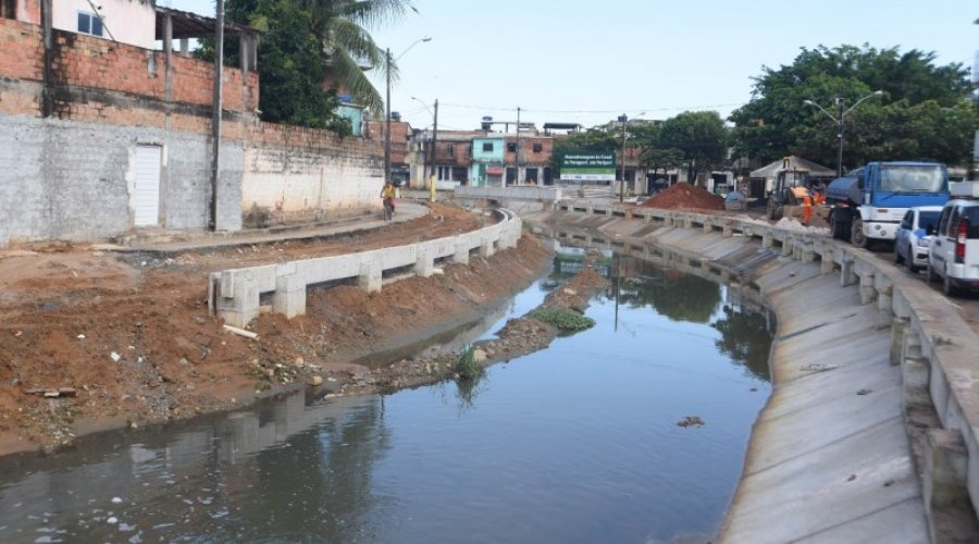 [Começa a segunda etapa de requalificação do Canal do Paraguari em Periperi no Subúrbio ]