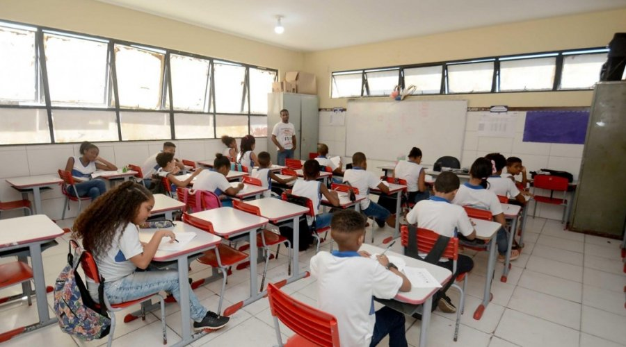 [Suspensão das aulas é prorrogada por mais 15 dias em Salvador]