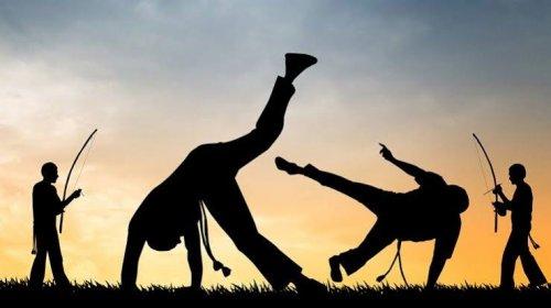 [Pernambués Curioso: Dia do Capoeirista é comemorado em 3 de agosto]