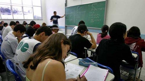 [Maioria das universidades federais retoma aulas remotas após suspensão]