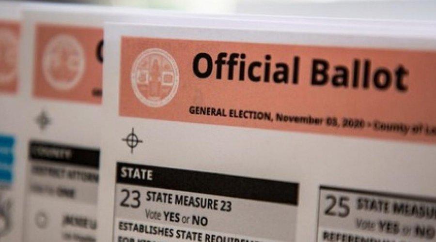 [Eleições EUA: Partido Republicano da Califórnia admite ter instalado caixas falsas para depósitos de votos]