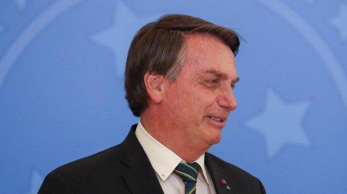 [Bolsonaro confronta STF sobre vacinação contra Covid: 'Não pode um juiz decidir' ]