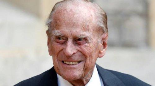 [Marido da rainha Elizabeth, príncipe Philip, de 99 anos, é internado em Londres]