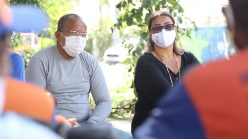 [Trabalhadores do Hospital Regional Costa do Cacau estão sem receber salários há um mês ]