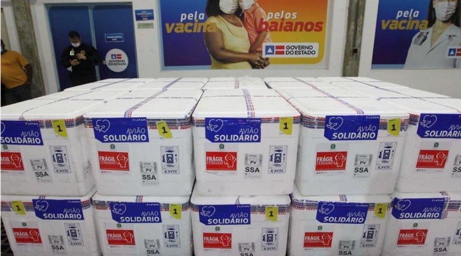 [Primeiro lote com 26.910 doses de vacina da Pfizer chega à Bahia nesta segunda-feira]