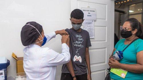 [Prefeitura realiza vacinação contra gripe na Estação Pirajá nesta quarta (21) ]