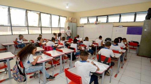 [Menos de 40% dos alunos compareceram às aulas em Salvador]
