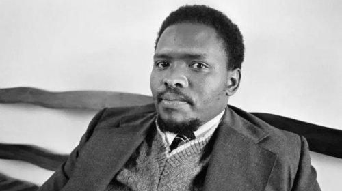 [Suíca destaca a importância da representatividade negra nos 44 anos de morte de Steve Biko]
