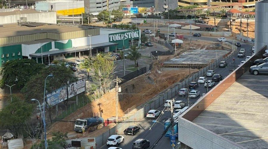 [Obras na Tancredo Neves devem ser concluídas em fevereiro após atraso de 10 meses]