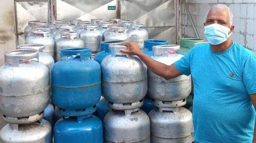 [Moradores de Massaranduba têm ajuda de subsídio da Associação Kennedy para comprar gás de cozi...]