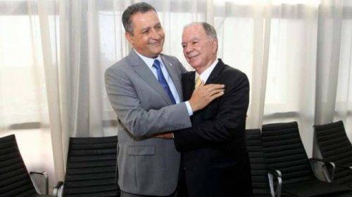 [Rui e Leão viajam para fora do país; Adolfo Menezes assume governo]