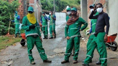 [Veja vídeo: Trabalhadores de limpeza Urbana realizam limpeza e retirada total de entulhos no Campo Suicão e ruas de Pernambués ]